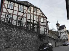 Fachwerkhäuser unterhalb des Doms