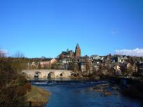 Blick zur alten Lahnbrücke und auf die Altstadt von Wetzlar