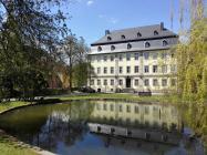 Barockschloss am südlichen Rand des Schlossparks