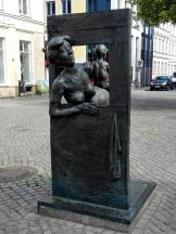 Skulptur am Marktplatz.