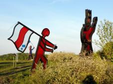 Schildknappe Barbarossas mit schwarz-rot-goldener Flagge