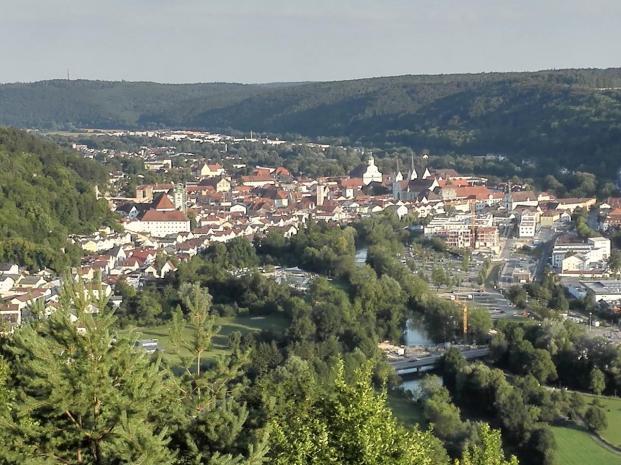 Blick auf das Zentrum von Eichstätt vom Altmühl Panoramaweg