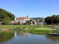 Kirche am Ortsausgang von Kelheim