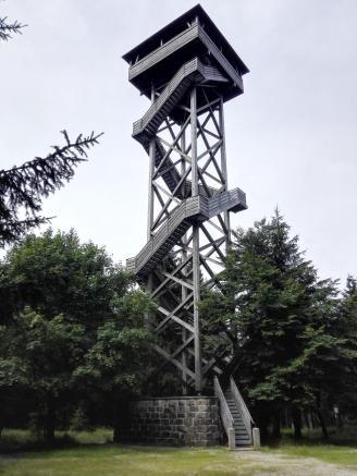 Hier steht auch der 25 Meter hohe Oberpfalzturm