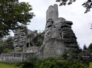 Burg Weißenfels von der Seite