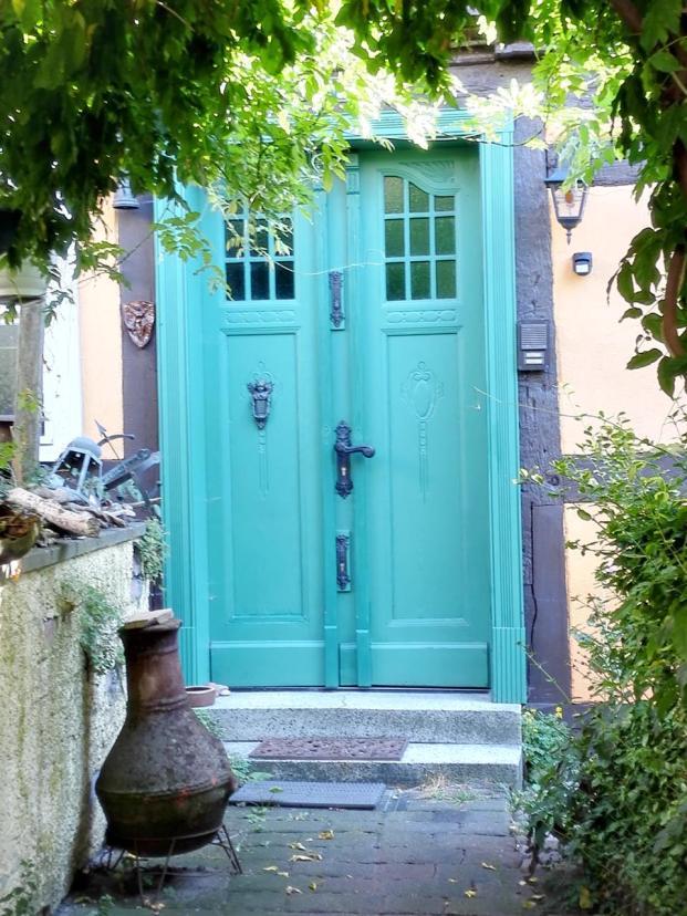 Haustür an einem alten Fischerhaus