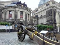 Alte Kanone an der Frauenkirche