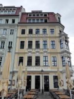 Häuser gegenüber der Frauenkirche
