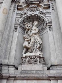 Skulptur am Schloss