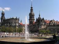 Schloss und Dom (Foto: Ingersoll | http://commons.wikimedia.org | Lizenz: CC BY-SA 3.0 DE)