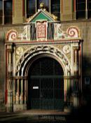 Portal am Amtsgericht (Foto: Franzfoto   http://commons.wikimedia.org   Lizenz: CC BY-SA 3.0 DE)