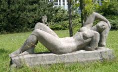 Skulptur in der Karl-Mothers-Straße (Foto: Ralf Lotys | http://commons.wikimedia.org | Lizenz: CC BY-SA 3.0 DE)