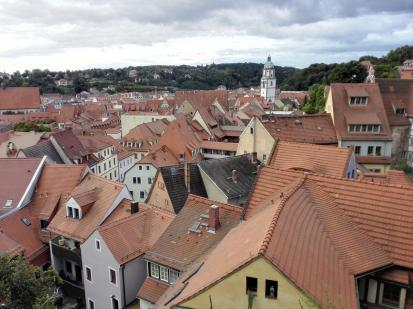 Blick über die Dächer der Altstadt zur Frauenkirche