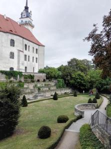 Der Rosengarten des Schlosses