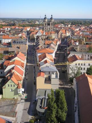 Die Altstadt von Wittenberg vom Turm der Schlosskirche aus gesehen. (Foto: Michael Sander | http://commons.wikimedia.org | Lizenz: CC BY-SA 3.0 DE)