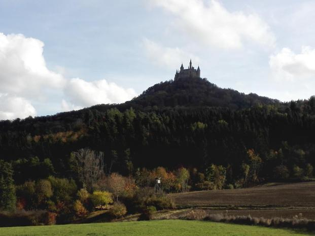 Burgblick bei der Anfahrt auf den Burgberg