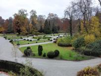 Blick von der Donauquelle in den Schlosspark