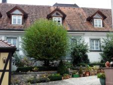 Hübscher Hinterhof am alten Pfarrhaus