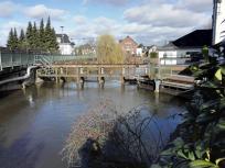 Das Mühlenwehr der Erft in Wevelinghoven