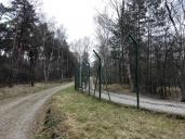 Der gut gesicherte Grenzzaun zur NATO-Airbase Geilenkirchen