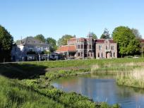 Prächtige Häuser am Kanal
