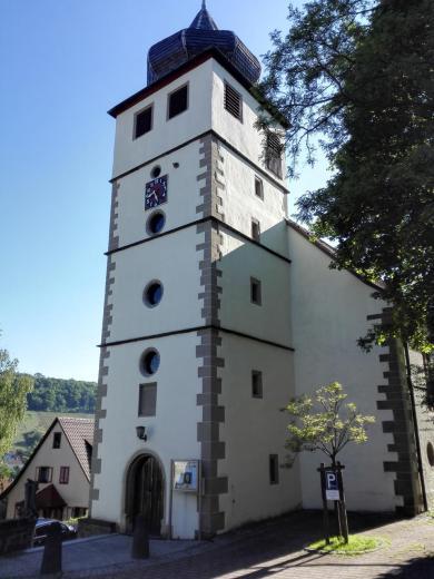 Die um 1300 erbaute und 1587 erneuerte Stadtkirche