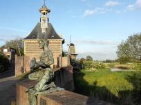 Das Dalemer Stadttor und die Mühle auf der Flussseite der Stadt