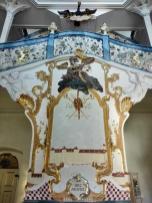 Opulenter Treppenaufgang in der neuen Abtei im Stil des Rokokos