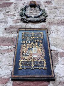 Wappen in der Burg