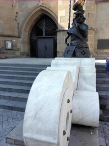 Skulptur an der Kilianskirche