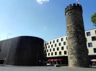 Der Bollwerksturm (rechts)