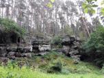 """Die Felsenlandschaft """"Katte-Kurts-Klippe"""" am Talausgang"""