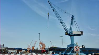Werft im Emdener Seehafen