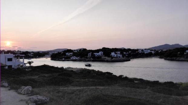"""Abends an der Hafeneinfahrt von Cala d""""Or"""