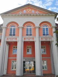 Front des Rathauses