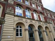 Fassade des Landgerichts an der Königstraße