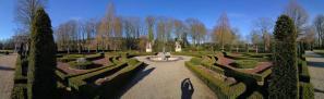 Panoramabild aus dem Wassergarten