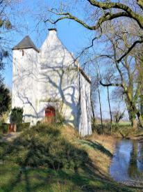 Evangelische Kirche in der Siedlung Mörmter