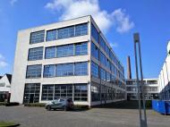 Das von Ludwig Mies van der Rohe 1931 entworfene Verwaltungs- und Produktionsgebäude der Vereinigten Krefelder Seidenweiberei