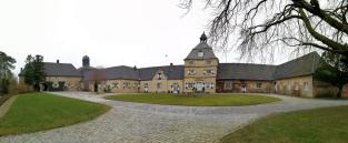 Panormabild vom Innenhof der Vorburg