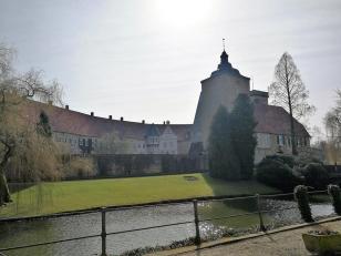 Blick von Nordosten auf das Schloss