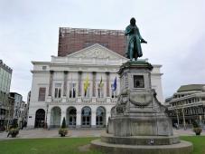 Platz vor der Oper