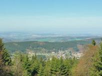 Gipfelblick hinunter nach Oberreifenberg
