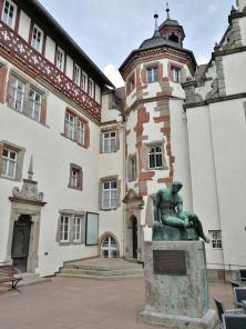 Rückseite/Innenhof des Rathauses
