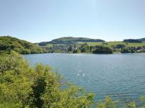 Blick über den See hinüber nach Heringhausen