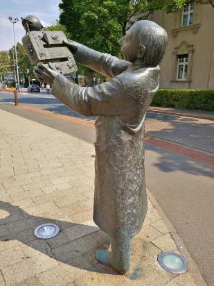 Skulptur vor der Euregio Kunsthalle Bocholt