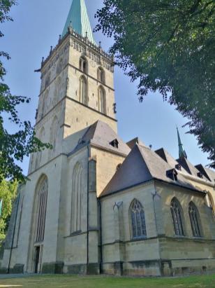 Westturm der Felizitas Kirche