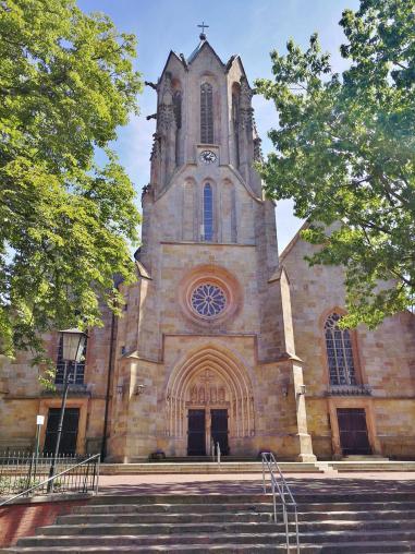 Die um 1461 errichtete Propsteikirche St. Vitus, eine dreischiffige spätgotische Hallenkirche