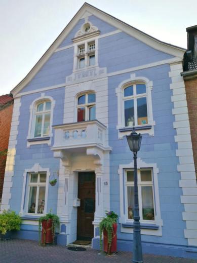 Eines der wenigen historischen Häuser im Ortskern