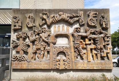 Skulptur am Zementwerk